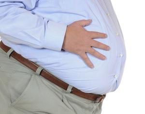 particolare di uomo obeso
