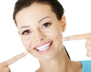 """""""L'apparecchio ai denti ha effetto lifting"""" vero o falso?"""