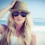 Lo sai che la protezione degli occhi non dipende dal colore delle lenti?