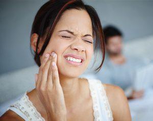 Perchè i denti diventano sensibili al freddo?