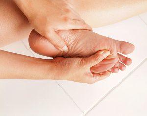 """""""La semplice igiene dei piedi previene il piede diabetico"""", vero o falso?"""