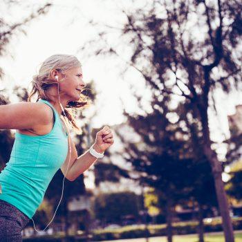 Attività fisica, lo sai che al cuore piace costante e aerobica?