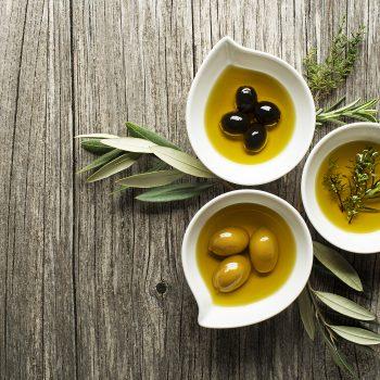 Salute del cuore, lo sai che bastano 2-6 cucchiaini di olio d'oliva al giorno?