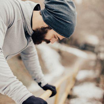 Sincope, lo sai che eviti di svenire contraendo i muscoli di gambe e braccia?