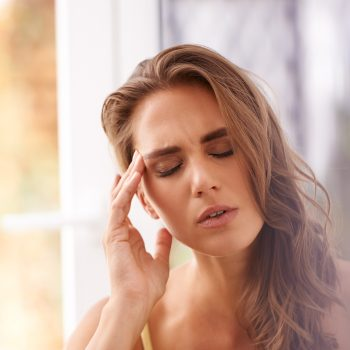 Magnesio, lo sai che assumerlo 7 giorni prima del ciclo evita il mal di testa?