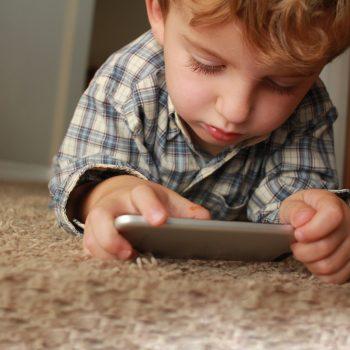 bambini-smartphone