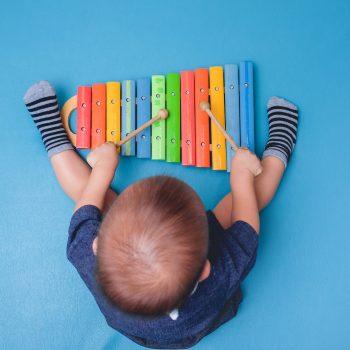 bambino musica