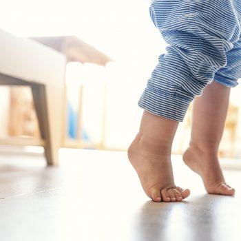 piedi nudi