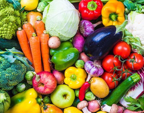 Con la frutta e verdura si assumono tutte le vitamine for Frutta con la o iniziale