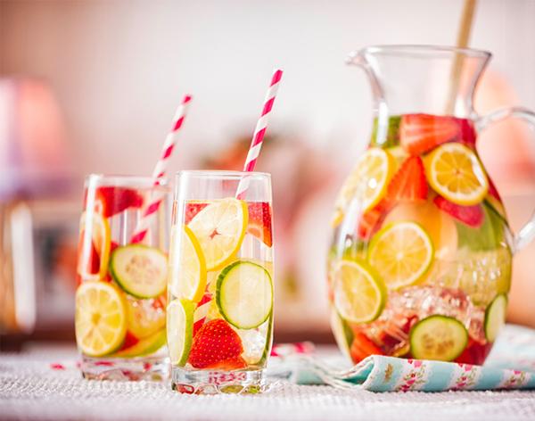 Stitichezza dieta con acqua e fibre non sempre aiuta - Stitichezza cosa mangiare per andare in bagno ...
