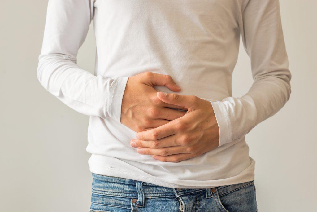 Curare il mal di stomaco: i rimedi della nonna funzionano..